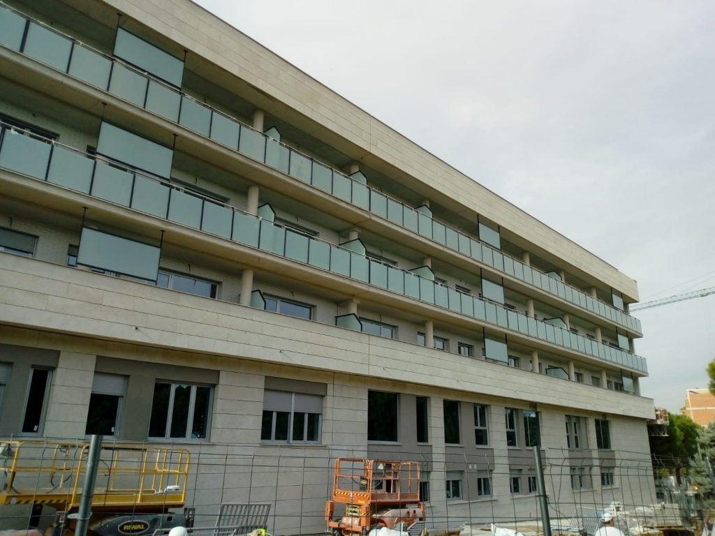 Edificio de 27 viviendas y aparcamiento en Torrent - Vialterra