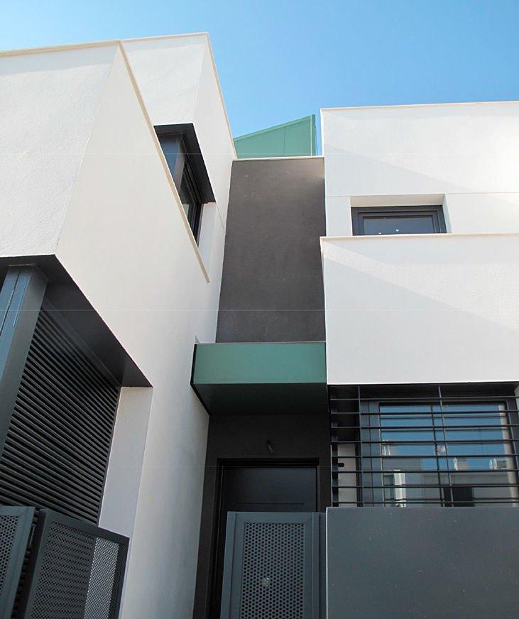 Contructora de viviendas unifamiliares con garaje y semisótano en Úbeda