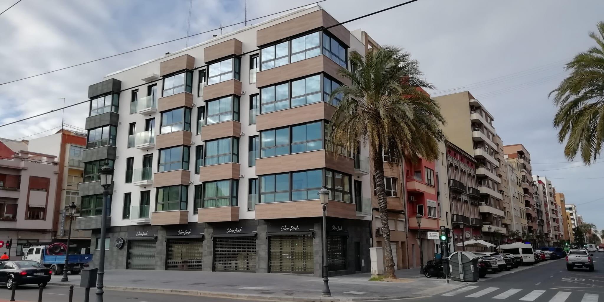 12 viviendas y local comercial en c/ Reina 2 de Valencia