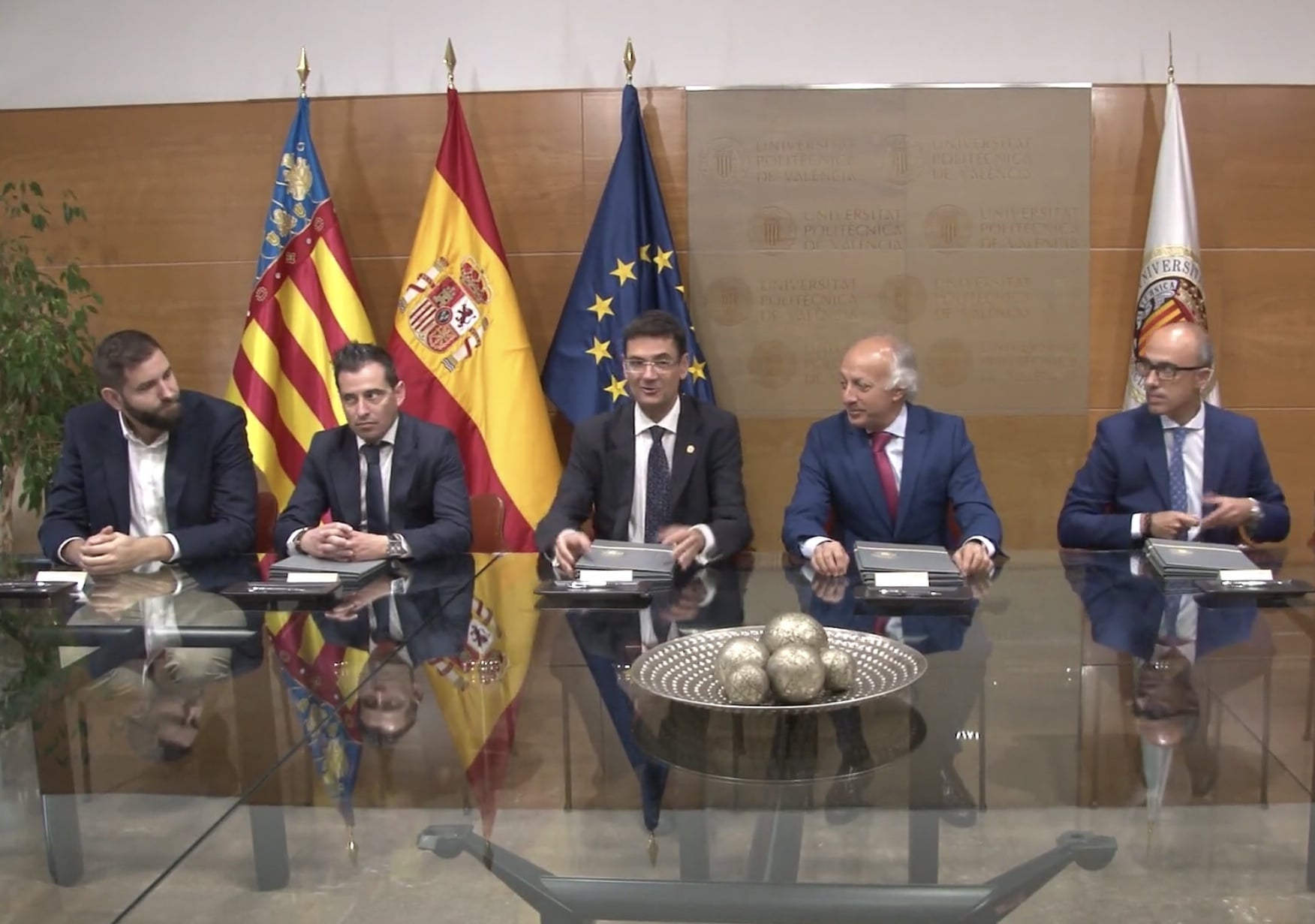 Vialterra y Universidad Valencia crean el Observatorio de la Vivienda