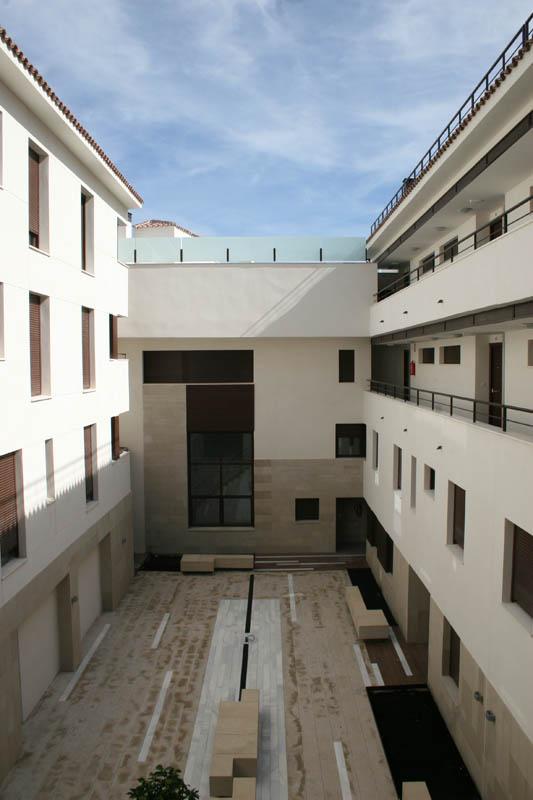 38 viviendas, oficinas y 150 garajes en Úbeda