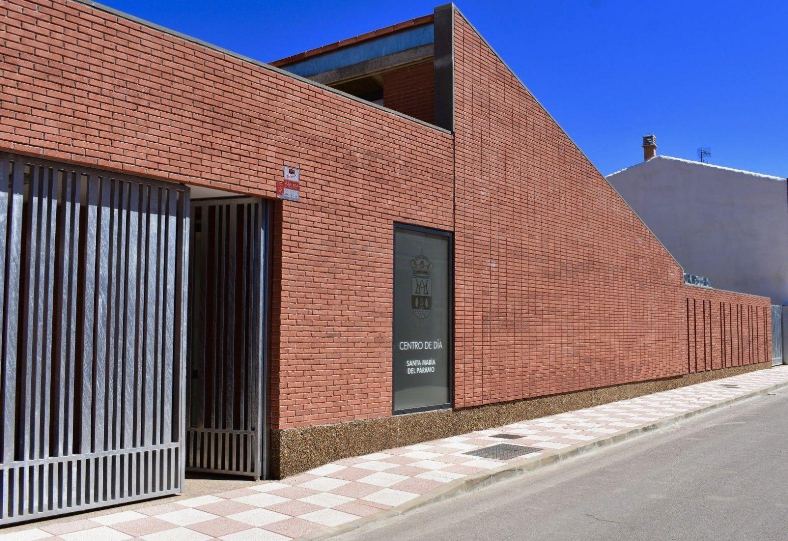 Centro de día y estancia diurna en Santa María del Páramo, León
