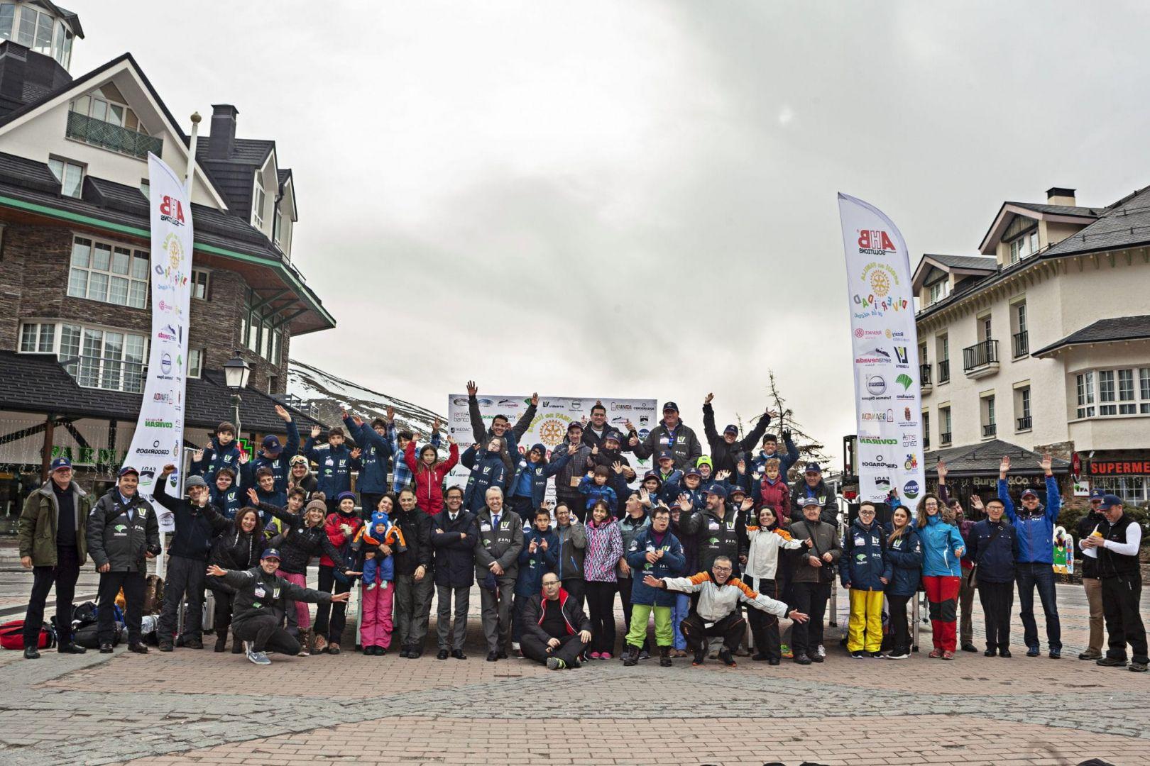 Vialterra patrocina la semana de esquí inclusivo en Sierra Nevada