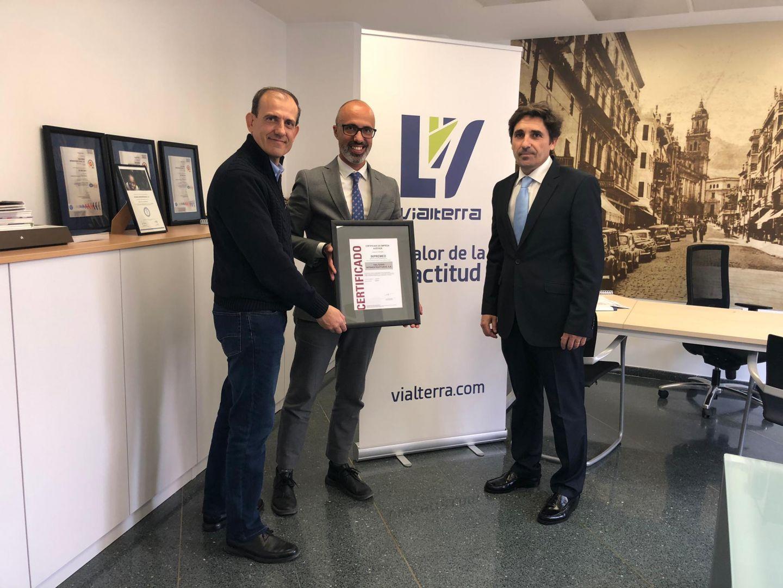 Vialterra recibe el Certificado de Auditoría Reglamentaria