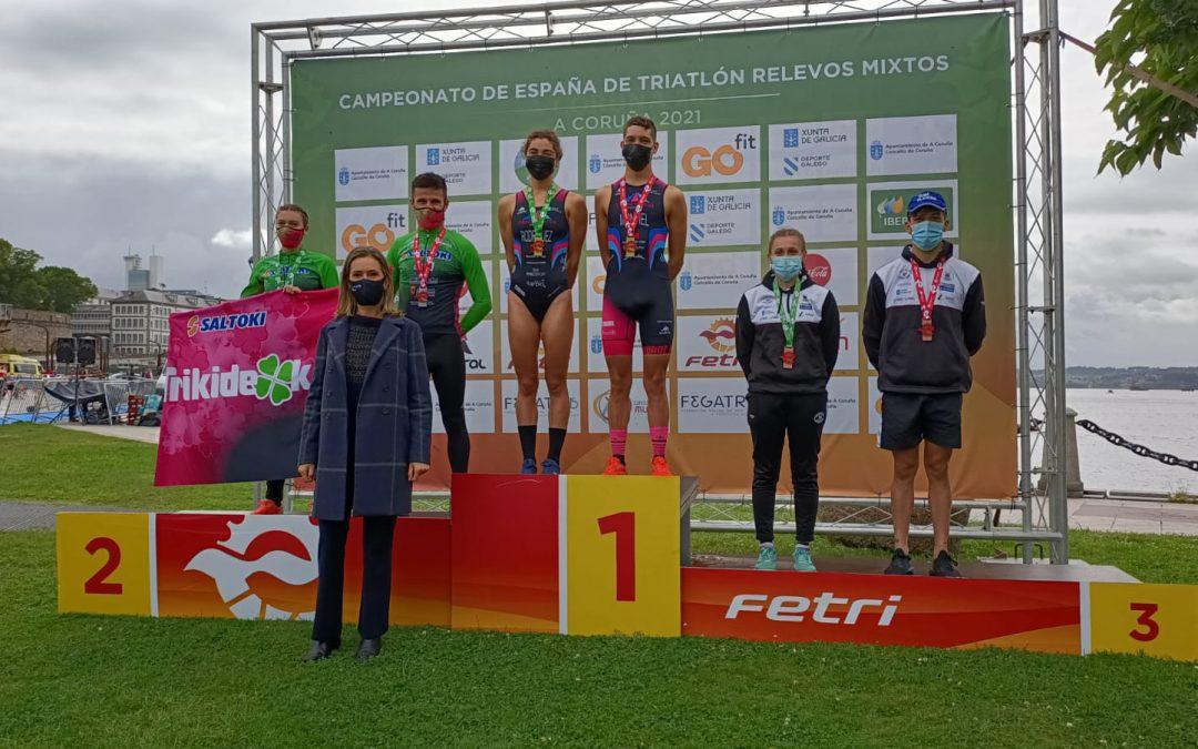 La escuela de Triatlon Vialterra Algemesí consigue la plata nacional en el campeonato de España